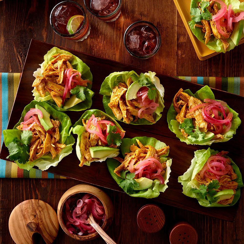 Tacos de Pollo Pibil en Lechuga